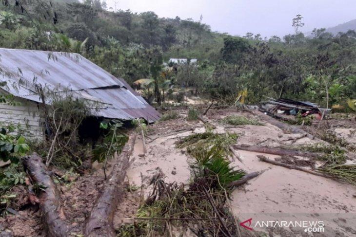 Banjir bandang rusakkan tujuh rumah di Bener Meriah, Aceh