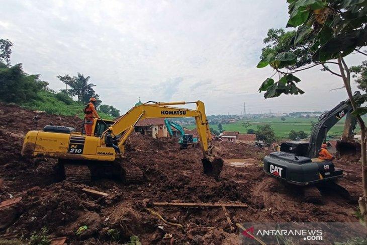 11 korban bencana tanah longsor Sumedang masih dalam pencarian