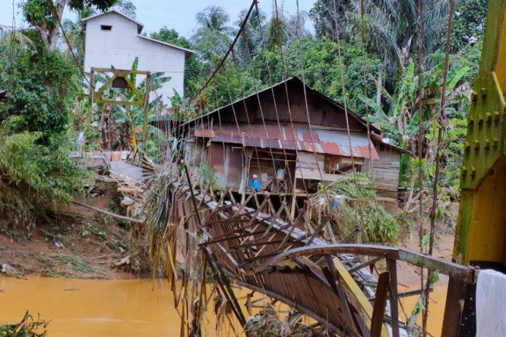 Warga Aluan Mati dan Aluan  Sumur HST harapkan perbaikan