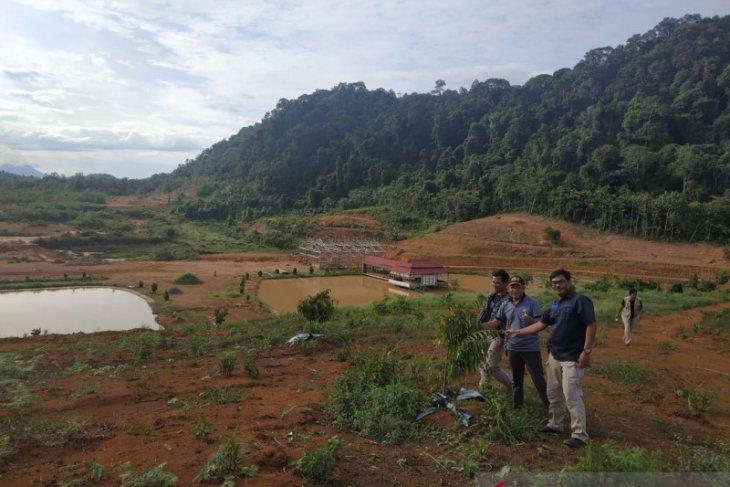Wisata Alam Lembah Bukit Semugang di batas RI-Malaysia sedang dibangun