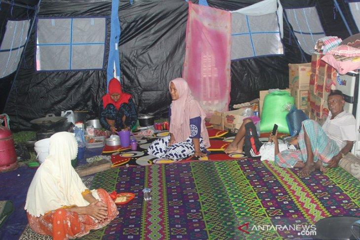 Warga terdampak tanah bergerak di Aceh Besar masih mengungsi