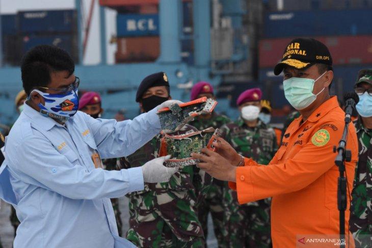 KNKT beberkan kronologi penemuan CVR Sriwijaya SJ-182
