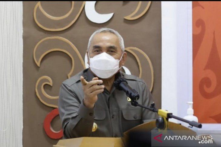 Gubernur Isran Noor serahkan kewenangan PPKM kepada bupati/wali kota