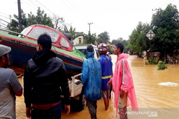 Hadapi Banjir, Jaringan Telkomsel Terus Layani Masyarakat Kalimantan Selatan