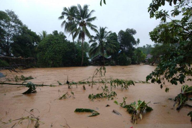 Semua pihak diminta introspeksi dan cari solusi terkait bencana banjir