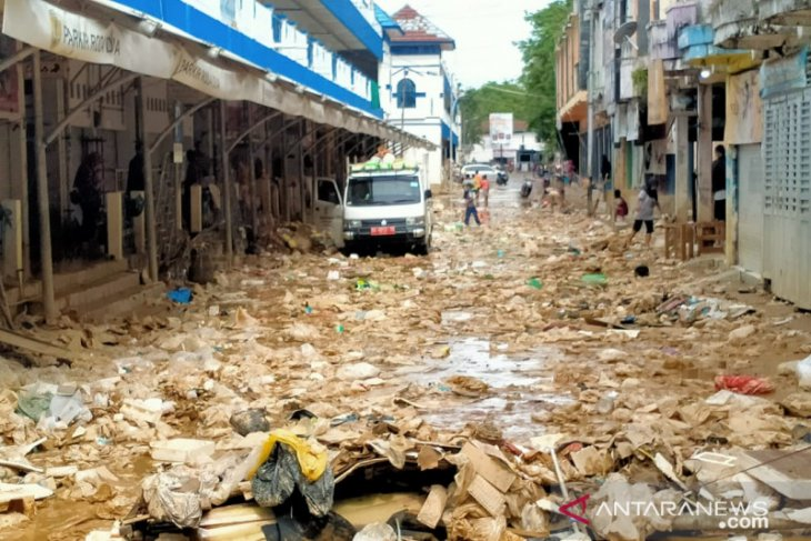HST flood: 8 die, 8 thousand fled, 68 thousand affected