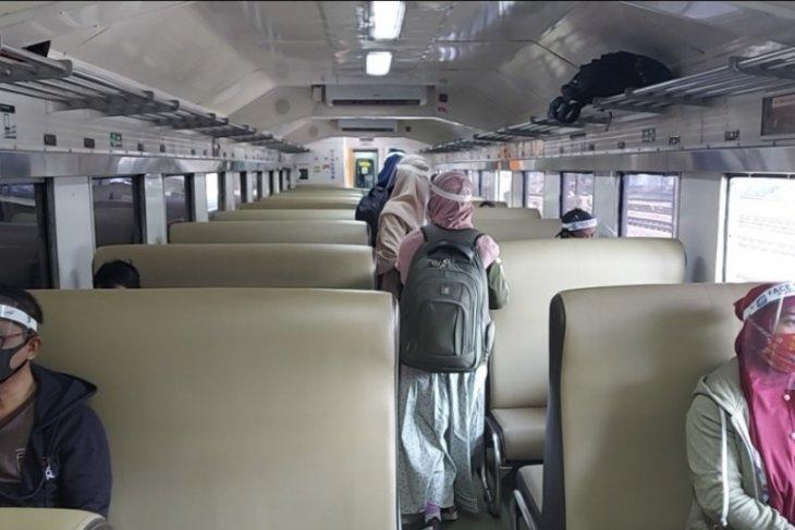 Jumlah penumpang di Stasiun Madiun turun selama PPKM