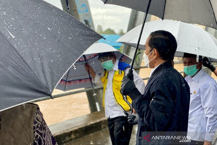 Massive flooding in South Kalimantan broke five-decade record: Jokowi