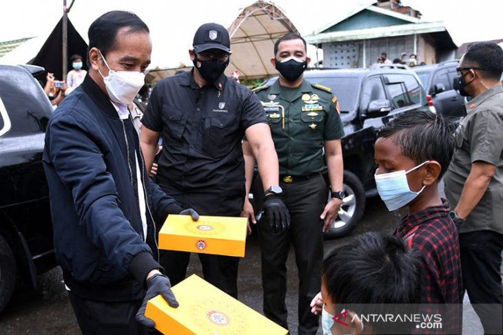 Jokowi visits several locations in flood-impacted South Kalimantan