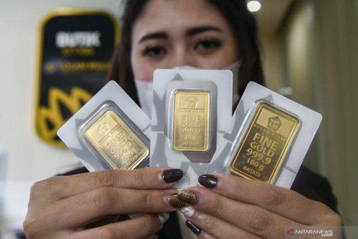 Emas tergelincir 5,8 dolar terseret penguatan