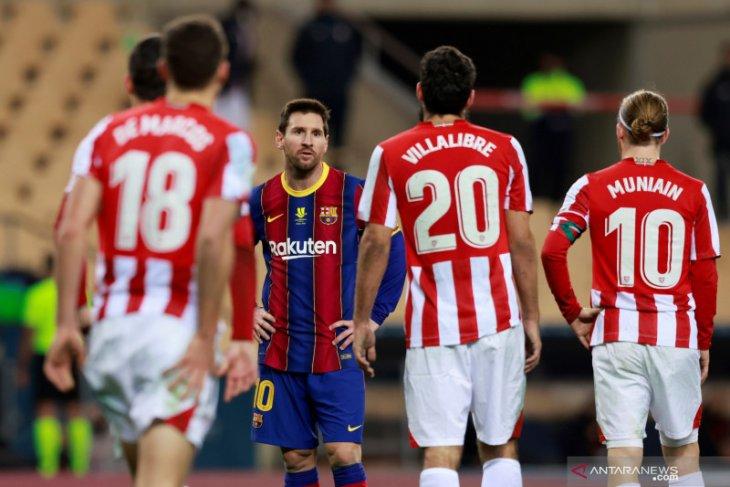 Lionel Messi dihukum dua laga setelah pukul Villalibre