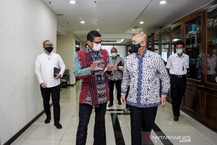 Sandiaga Uno dan Teten Masduki sepakat sinergi bangkitkan UMKM parekraf