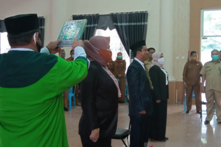 Pelantikan pejabat Disdukcapil Gorontalo Utara berdasarkan keputusan Mendagri