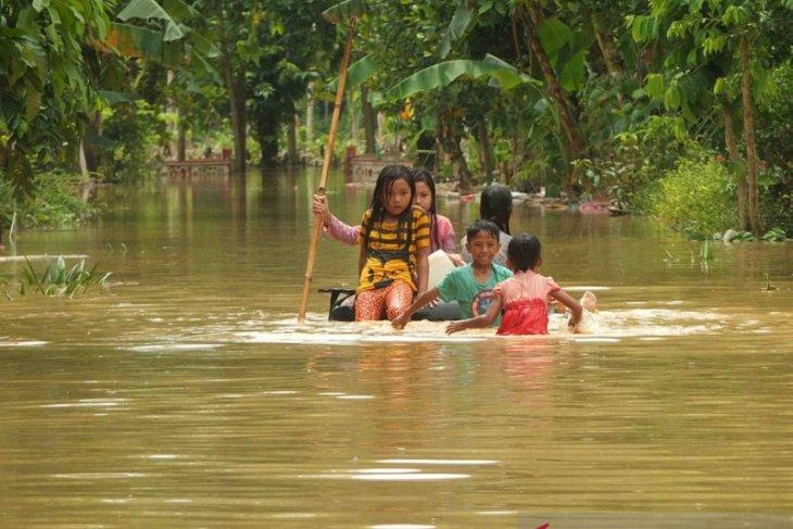 BMKG: Waspada cuaca ekstrem dan potensi banjir sejumlah wilayah