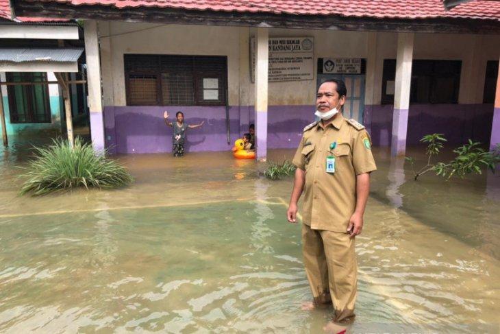 Plt Kadisdik : Sebanyak 73 sekolah di Balangan terdampak banjir