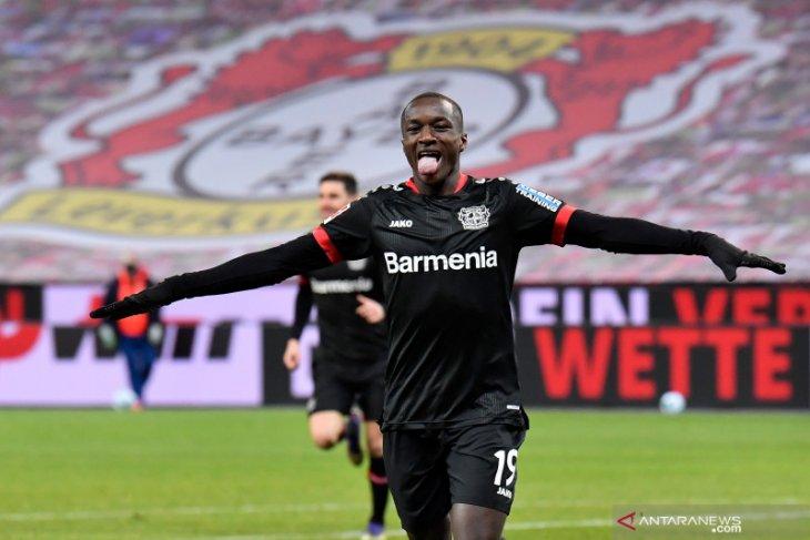Moussa Diaby tampil gemilang membantu Leverkusen tundukkan Dortmund