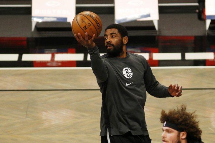 Kyrie Irving kembali perkuat lagi Nets