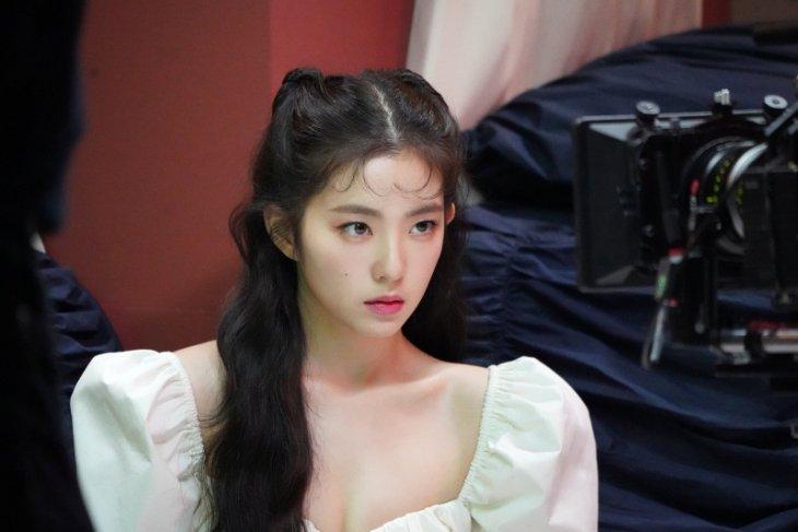 Irene Red Velvet bersiap debut di