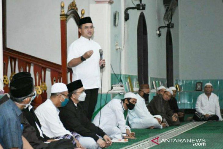 Gubernur Babel salurkan zakat melalui kegiatan Sajadah Fajar