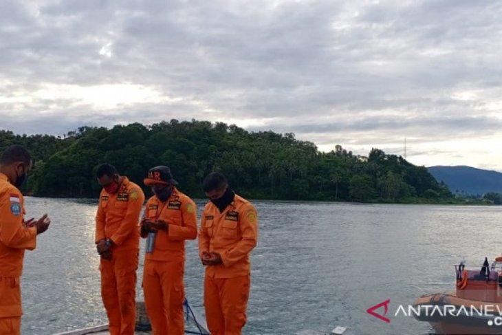 Seorang penumpang KM Dobonsolo jatuh ke laut di perairan Seram
