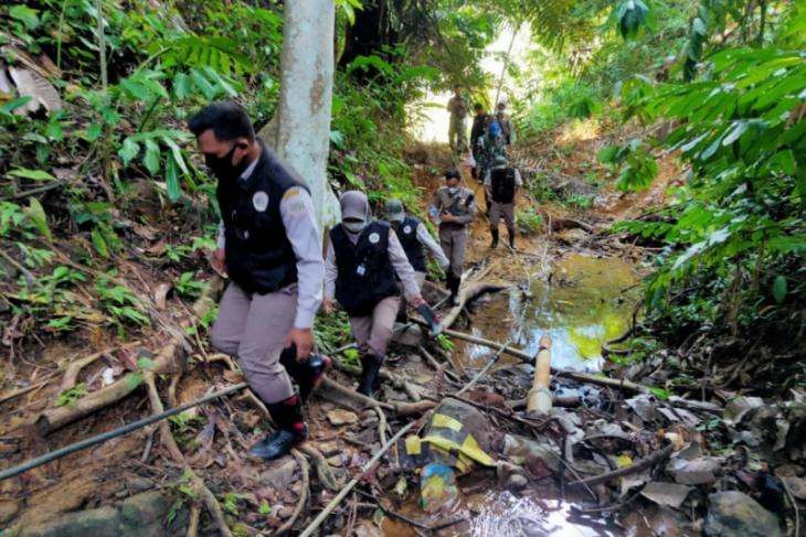 Karantina Pertanian patroli gabungan di batas RI-Malaysia wilayah Kalbar