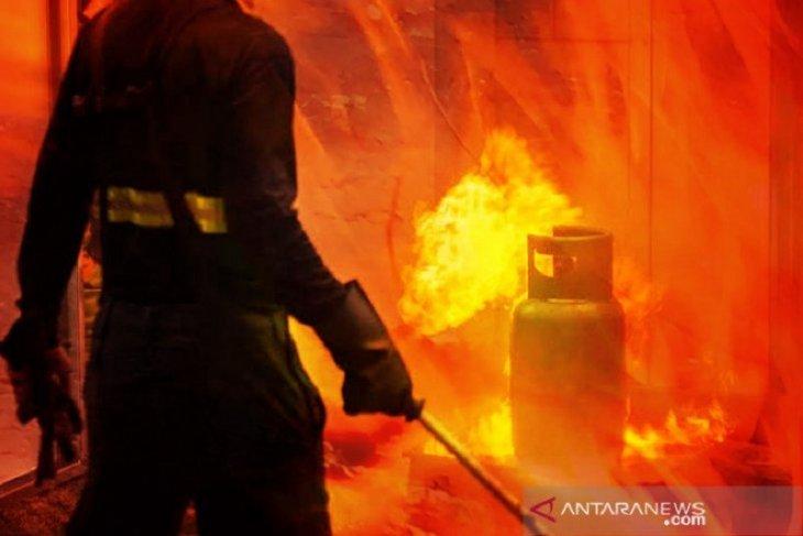 Polisi periksa enam saksi peristiwa ledakan pabrik di Gresik