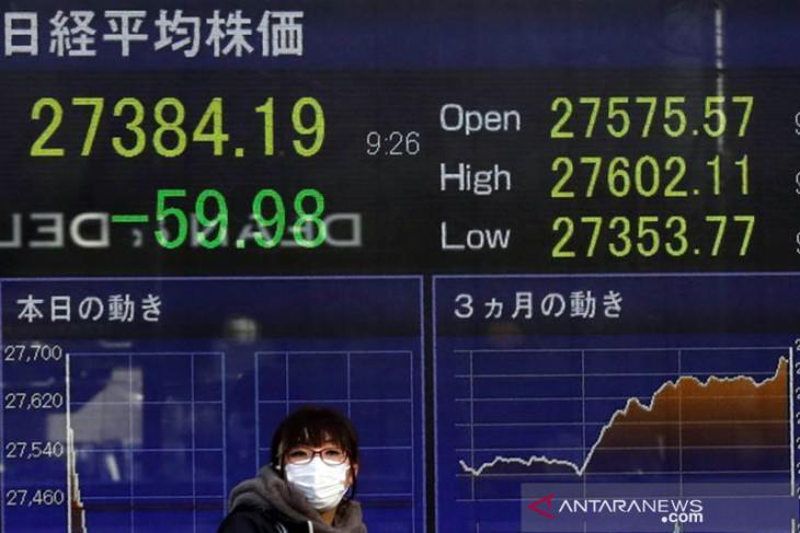Nikkei tergelincir dari tertinggi 3 dekade
