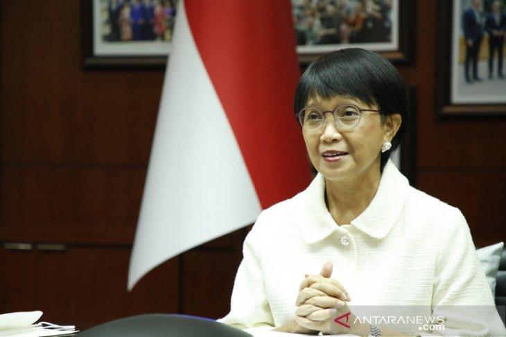 Indonesia discusses cooperation with Qatar