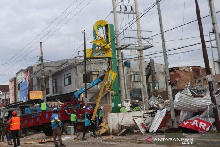 Tersisa Kecamatan Ulumanda Sulbar belum teraliri listrik