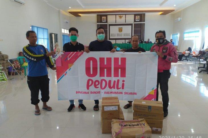 Perkumpulan masyarakat Riau salurkan bantuan korban banjir
