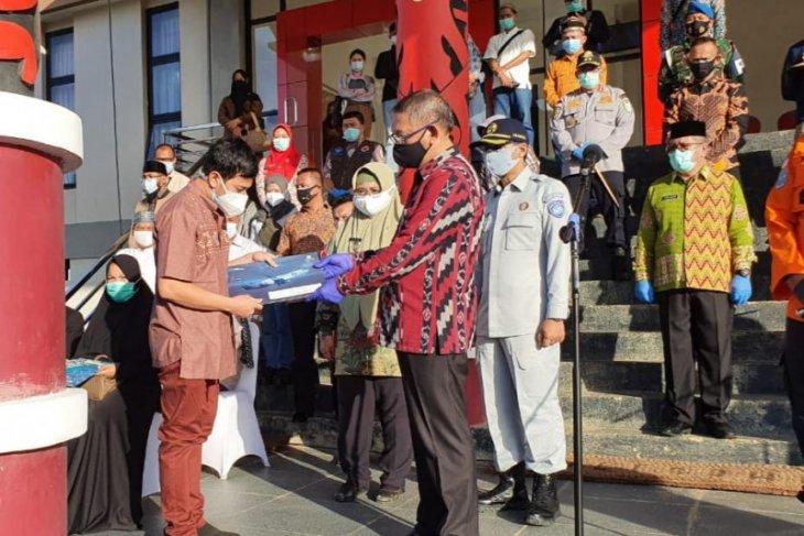 Gubernur serahkan santunan dari Jasa Raharja kepada ahli waris korban Sriwijaya