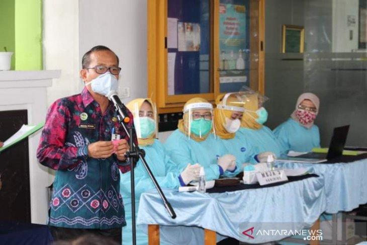Kadinkes Banjarmasin positif COVID-19 meski sudah vaksin