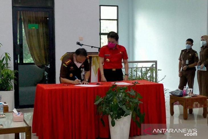 Kajati Kalbar resmikan gedung baru Kantor Kejari Singkawang