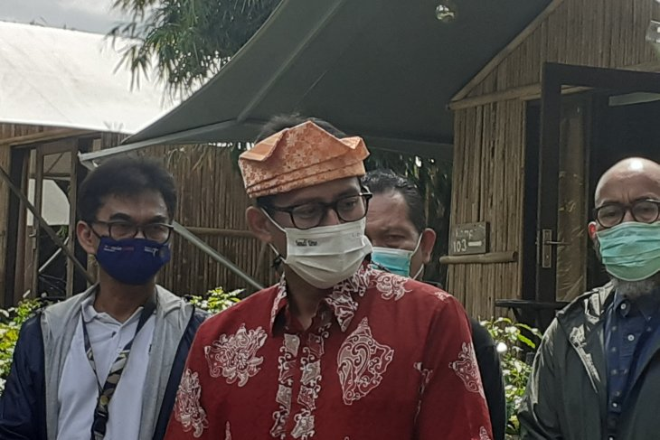 Sandiaga Uno optimistis vaksinasi bangkitkan pariwisata Indonesia 2021