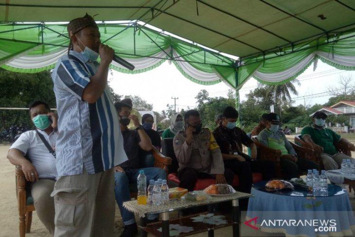 Warga tiga dusun di Belolaut Bangka Barat terima dana bantuan KIP