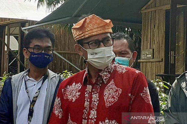 Menparekraf Sandiaga Uno berencana pindah kantor di Bali