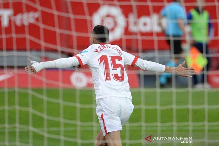 Hattrick Youssef En-Nesyri bawa Sevilla naik ke posisi ketiga