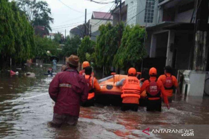 Hujan deras akibatkan 22 titik genangan di Kota Bekasi