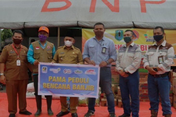 PT Pamapersada Nusantara distribusikan bantuan banjir di empat kabupaten