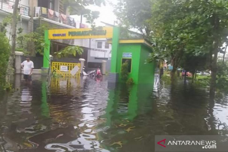 High tide potentially causes flooding: BPBD Banjarmasin