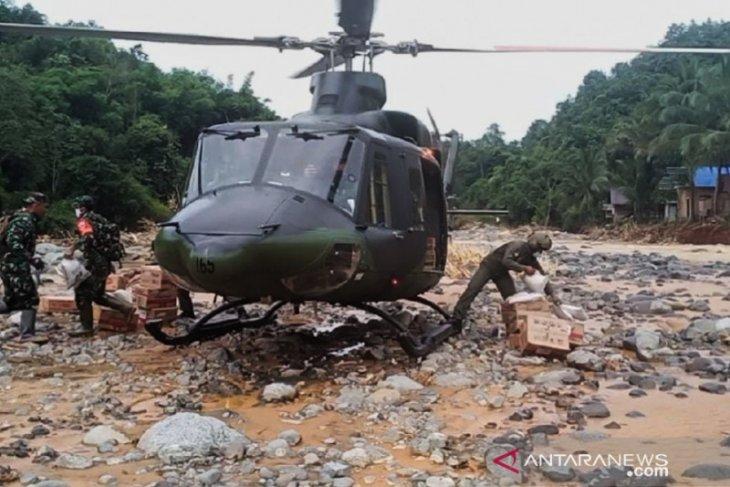 Heli BELL 412 EP salurkan bantuan Kasad di wilayah Meratus yang masih terisolir