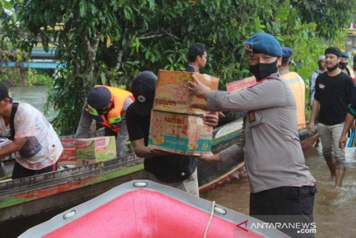 Brimob Kalsel alihkan fokus bantu wilayah banjir Barito Kuala