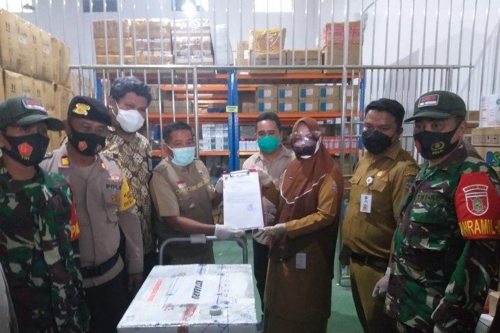 Kotabaru receives 3,080 doses vaccine, vaccination in February