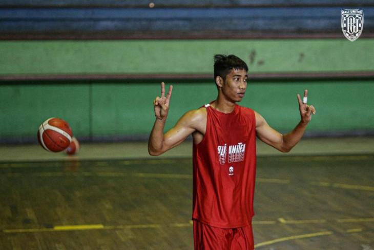 Mills jadi apparel Bali United Basketball Club