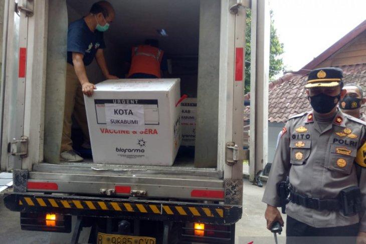 Tidak ada penolakan dari nakes Kota Sukabumi untuk divaksinasi (video)