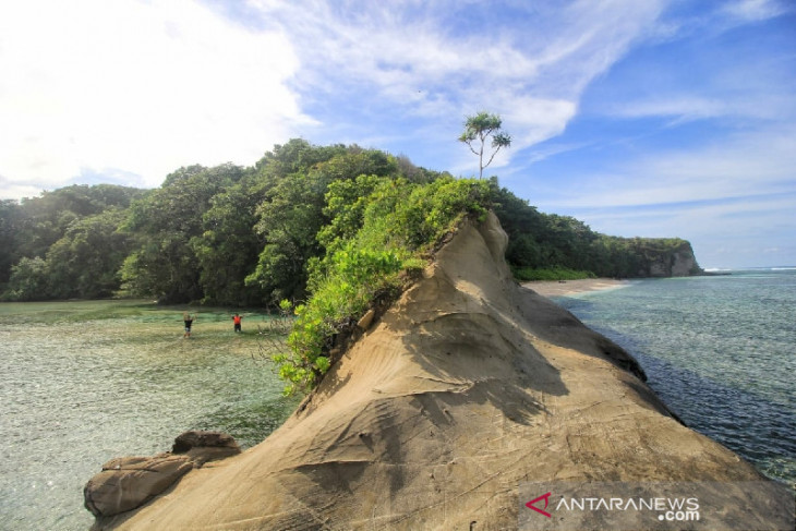 Enggano Island open for tourism investment: Bengkulu Governor