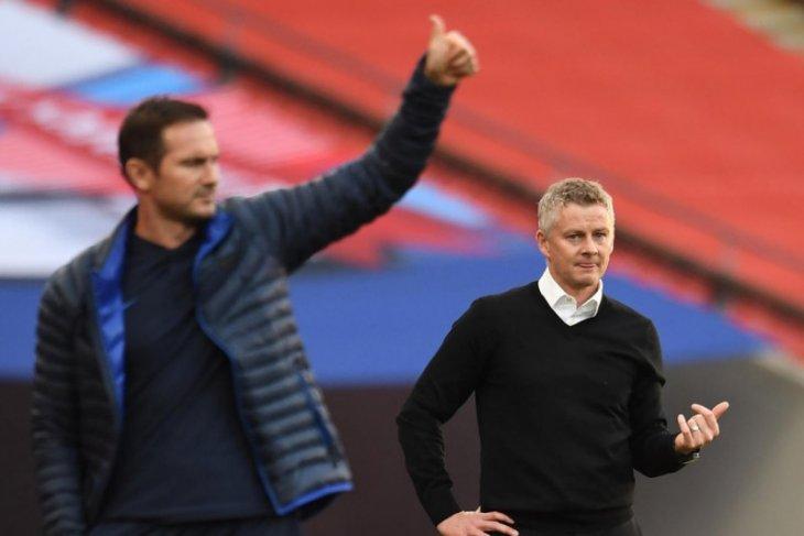 Beda Solskjaer dengan Lampard