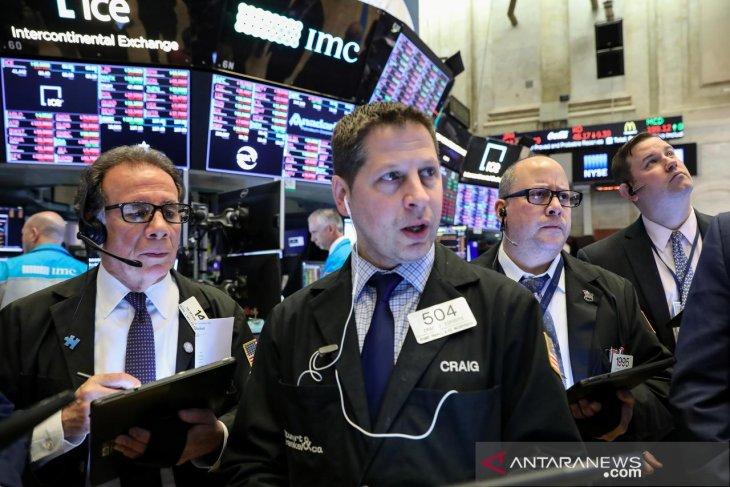 Wall Street dibuka bervariasi menjelang pekan laporan laba