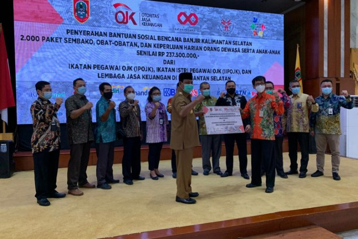OJK dan industri jasa keuangan galang dana bantu korban bencana banjir Kalsel