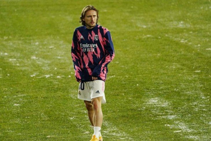 Luka Modric akan menandatangani kontrak baru bersama Real Madrid
